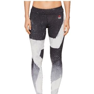 Reebok Crossfit Reversible Chase Tights In…